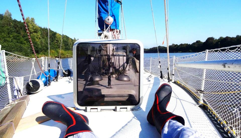 11_leisure-sailing