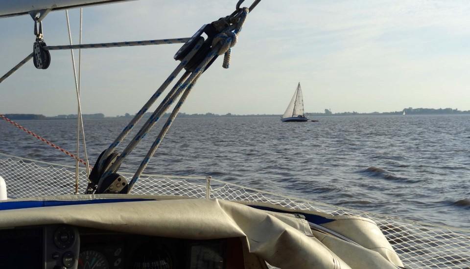 21_sailing-elbe-river
