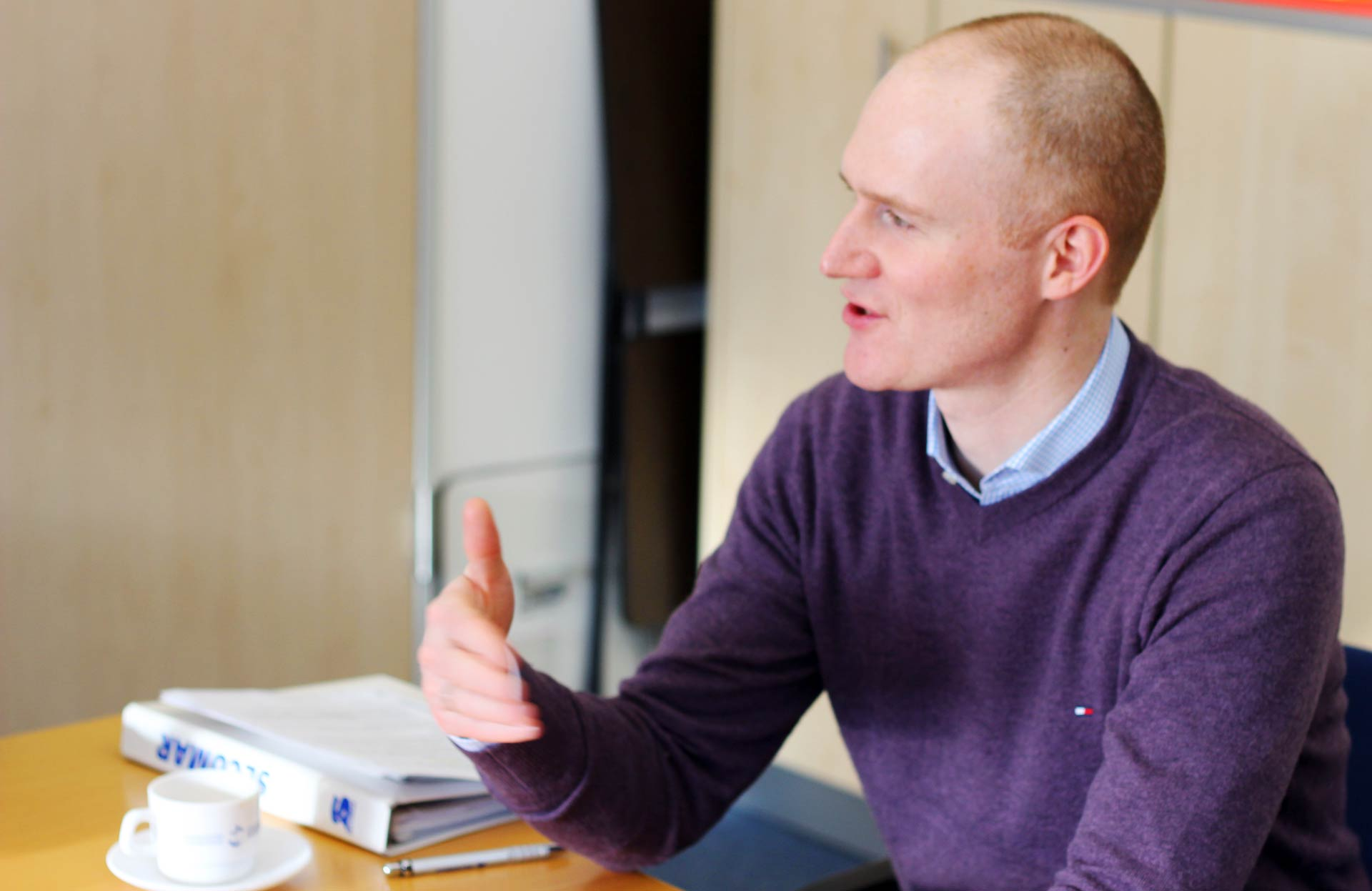 Olivier Christen explains how a life jacket works in principle