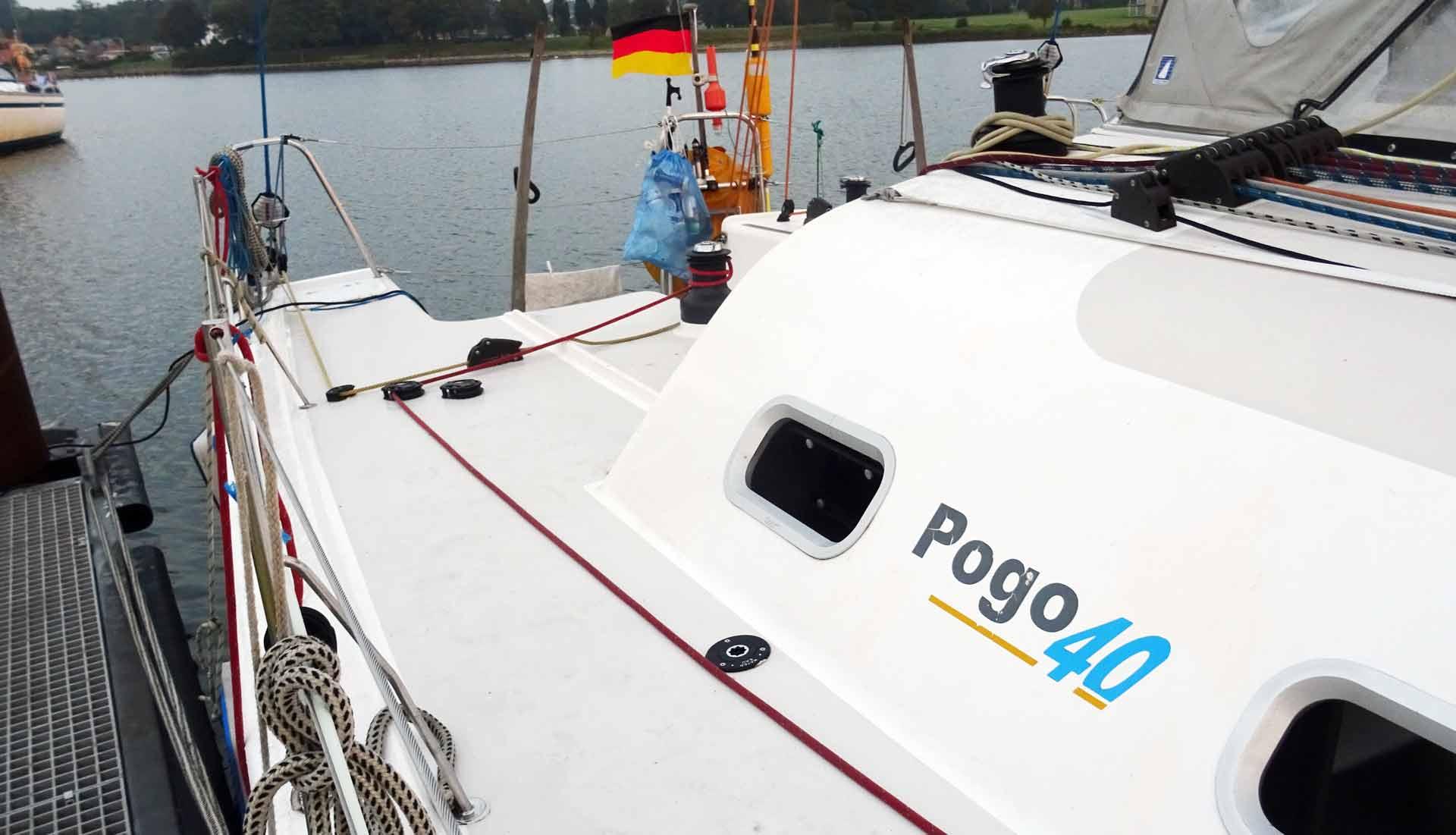 01_pogo-40-racing-yacht