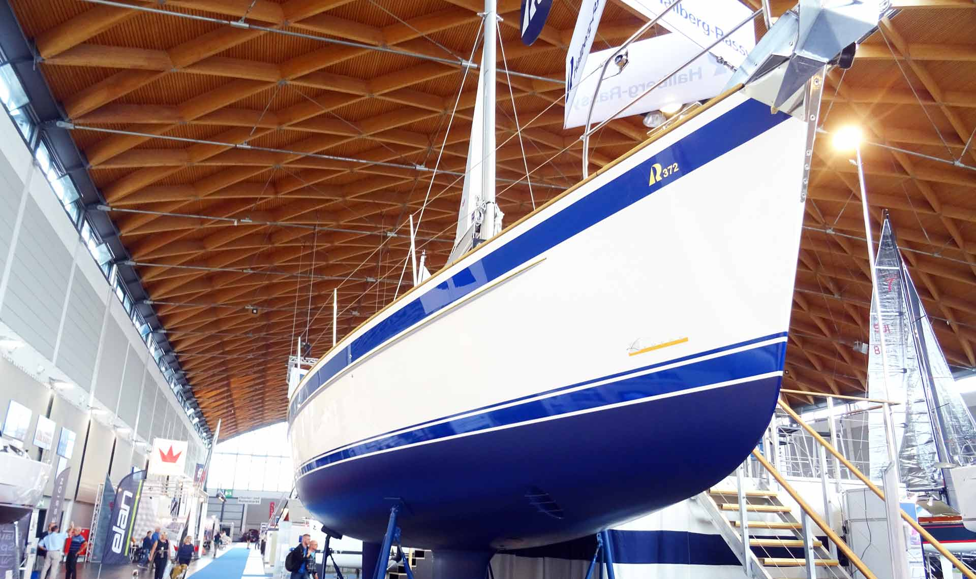 Now to the Queen of cruising: Hallberg-Rassy