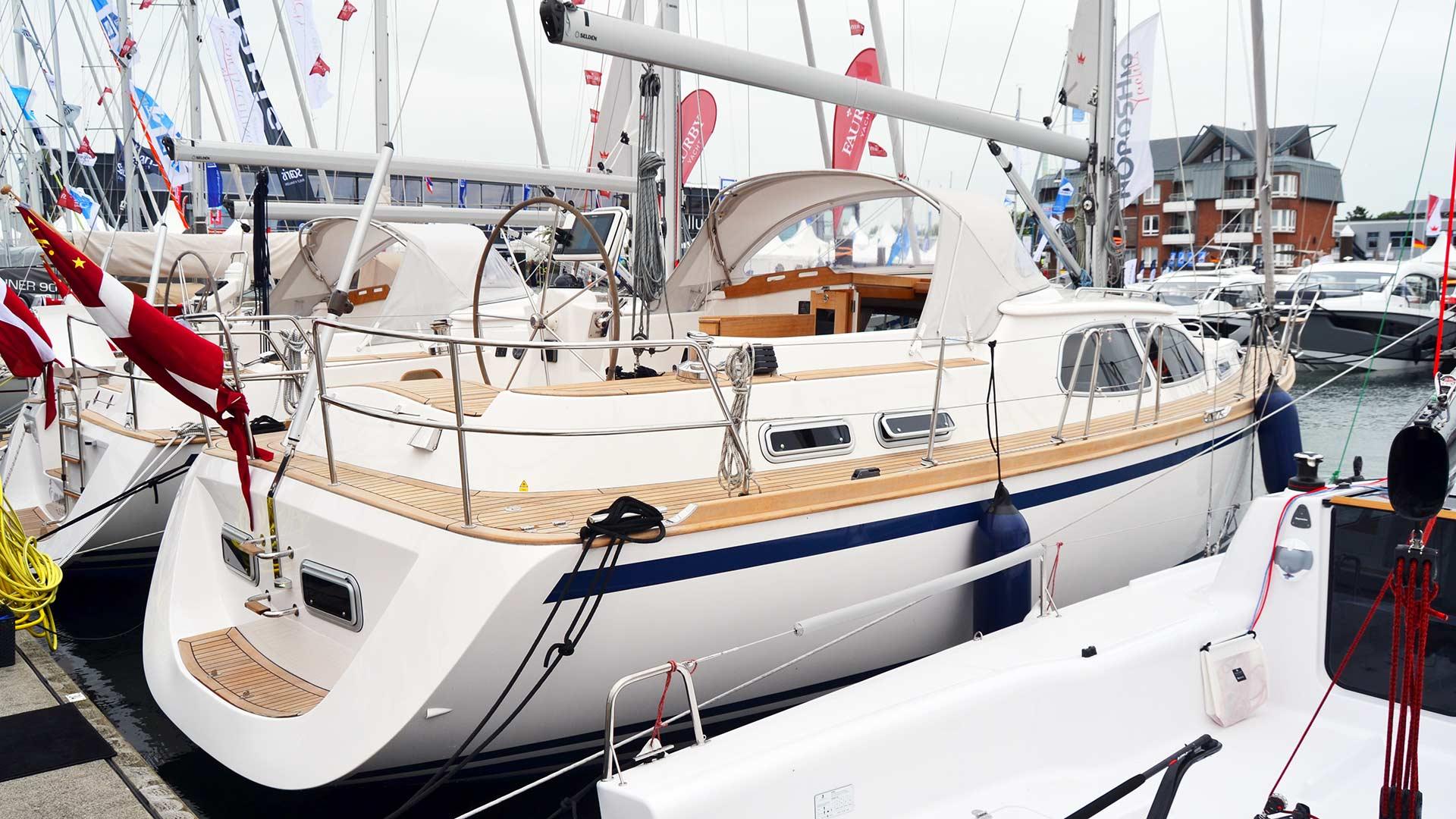Luxury Pocket Cruiser: Nordship 380 DS |