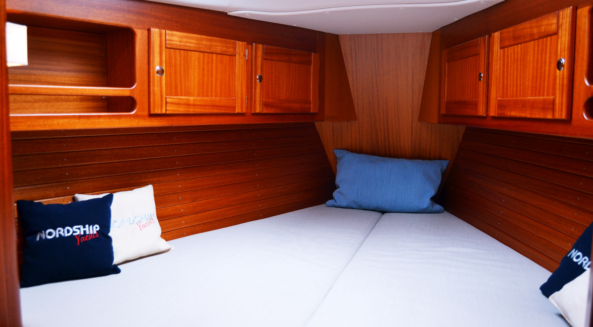 Luxury Pocket Cruiser: Nordship 380 DS  
